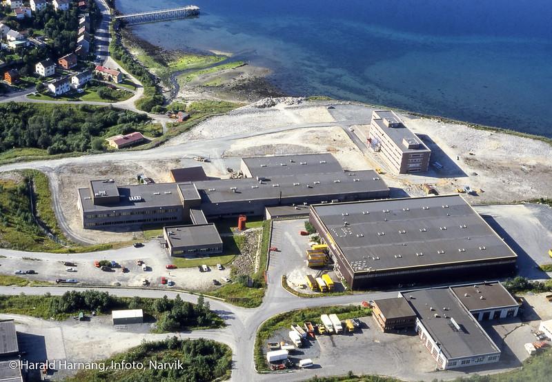 Flyfoto, Norsk forsvarsteknologi, NFT, Kr. Hansen Engros, VINN-bygget, Nord-Norsk Diesel.