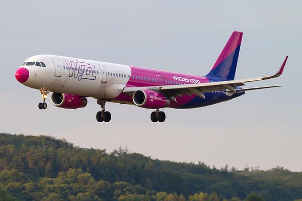 HA-LXA - Airbus A321-231