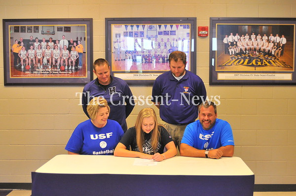 05-21-18 Sports Kacee Theisen (Holgate) LOI to St. Francis