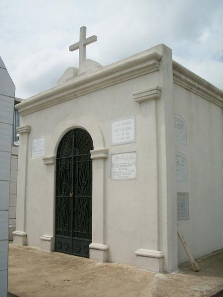 EscazuCentro_Cemetery1cMosalium.jpg