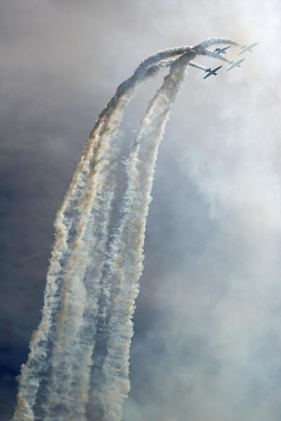 DSC06484-stunt planes.jpg