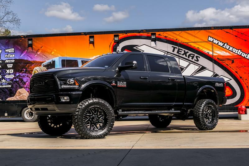 @TexasTruckWorks 2018 Dodge Ram 2500 22x12 CHOPPER-20190128-195.jpg