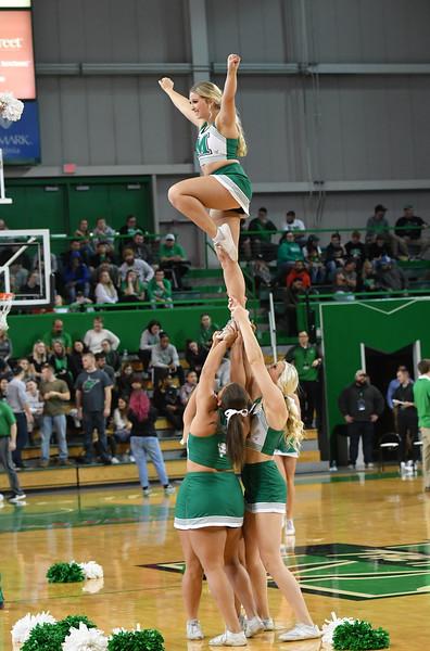 cheerleaders0223.jpg