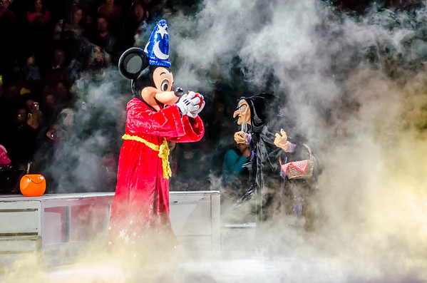 2014 Disney On Ice presents Let's Celebrate!