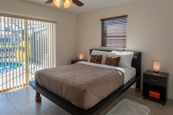 Residential Real Estate Photo & Video