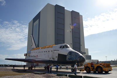 2012-02-01 Endeavour Roll to OPF-2