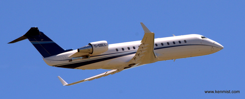 Bombardier Challenger 850 s/n 8103 (2009) C-GSLL @ Toronto International Airport (CYYZ), ON Canada.