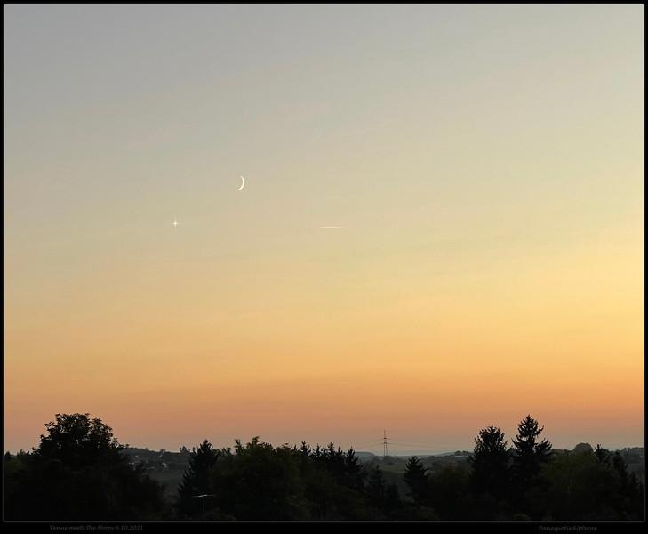 Venus meets the Moon, 9.10.2021