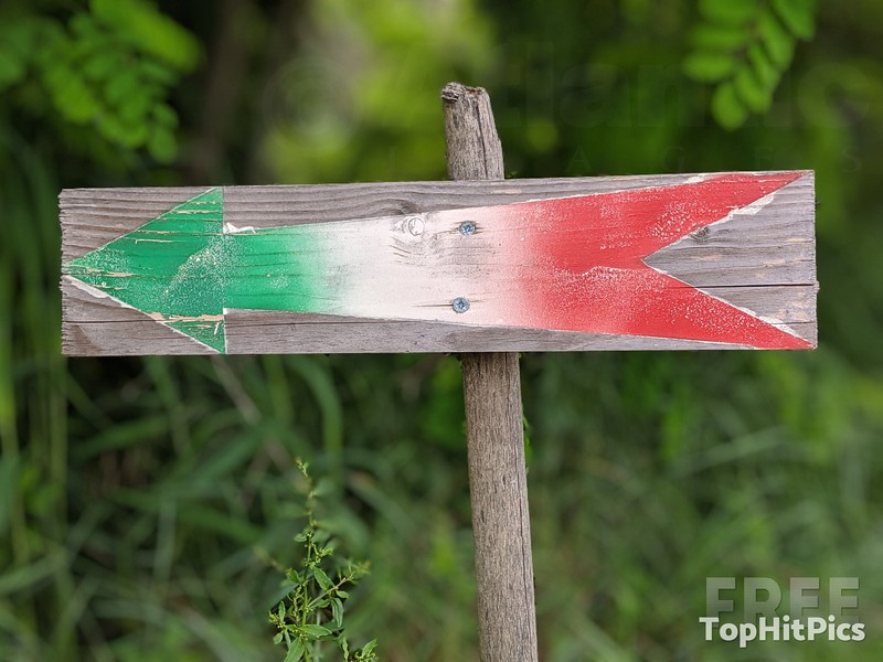 An Italian Flag Inspired Arrow Sign, Italy