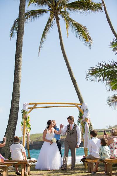 gillin beach kauai wedding-111.jpg