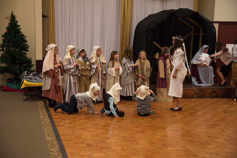 2018-12-16-Christmas-Pageant_329.jpg