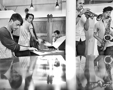 Crossroads Quintet, Pourhouse Café, 4/26/19.