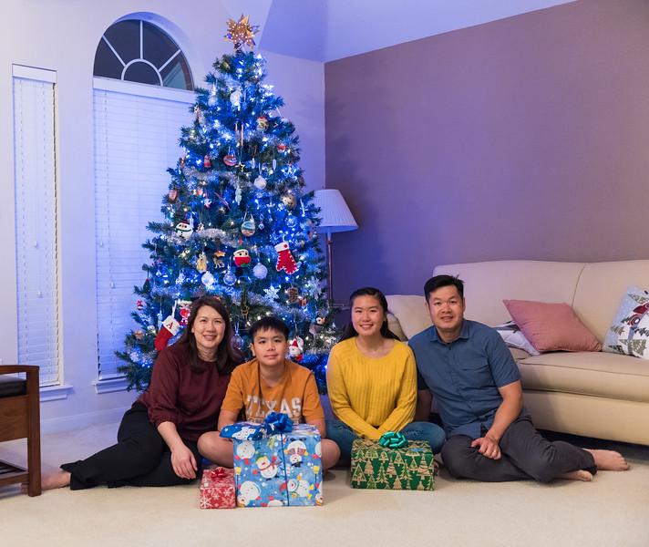 20181224_christmas-eve-alan-sarah_001.JPG