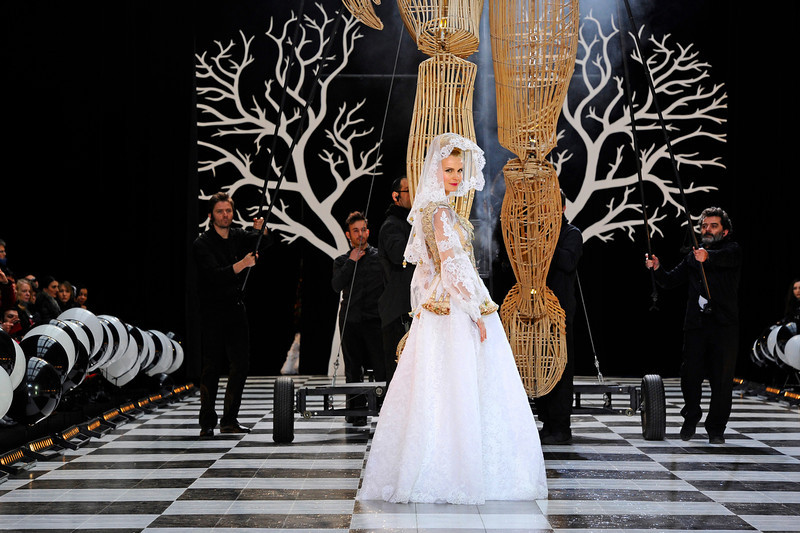 . A model presents a creation as part of the Franck Sorbier\'s Spring-Summer 2014 Haute Couture fashion collection, presented Wednesday, Jan. 22, 2014 in Paris. (AP Photo/Zacharie Scheurer)