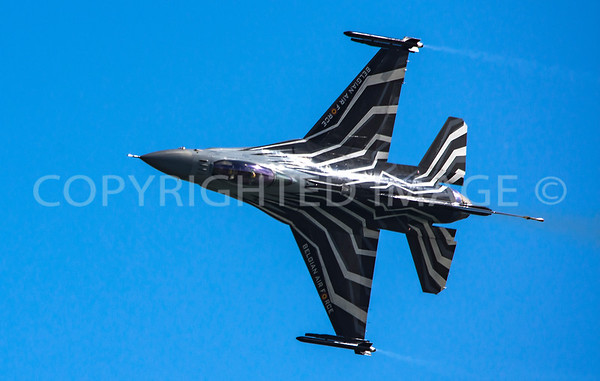Belgian F16 Display
