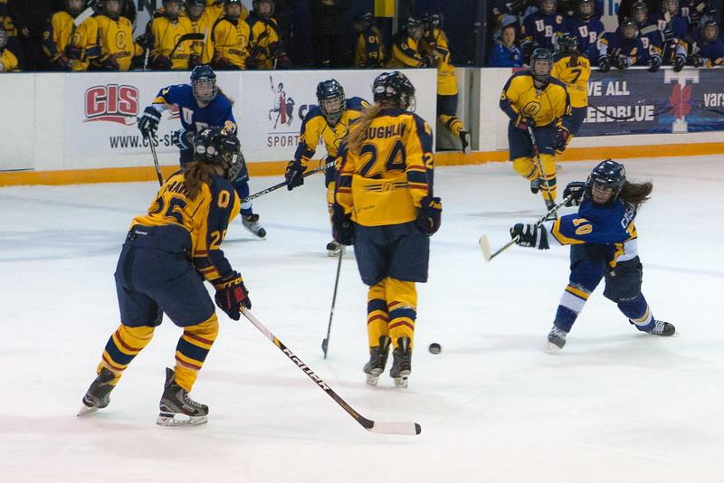 20130310 QWHockeyvsUBC 298.jpg