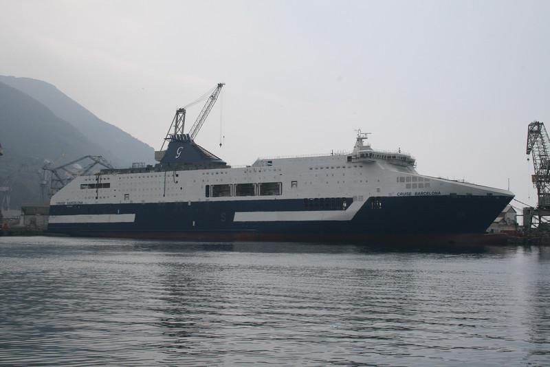 2008 - CRUISE BARCELONA : completing in shipyard Fincantieri in Castellammare di Stabia.
