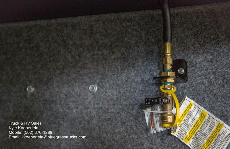 R0016 Renegade Valencia-11.jpg