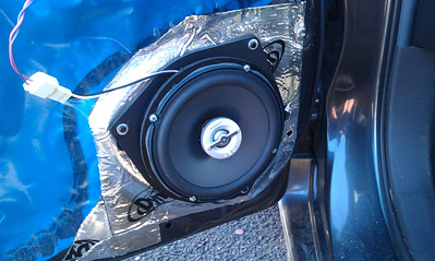 2009 Toyota Matrix (base model) (1.8L engine) Non-JBL Front Speaker Installation - USA