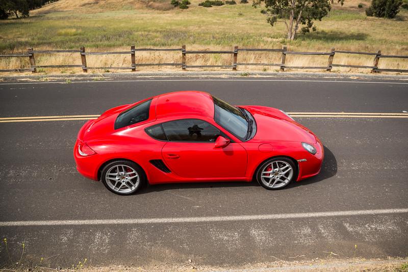 Porsche_CaymanS_Red_8CYA752-3100.jpg