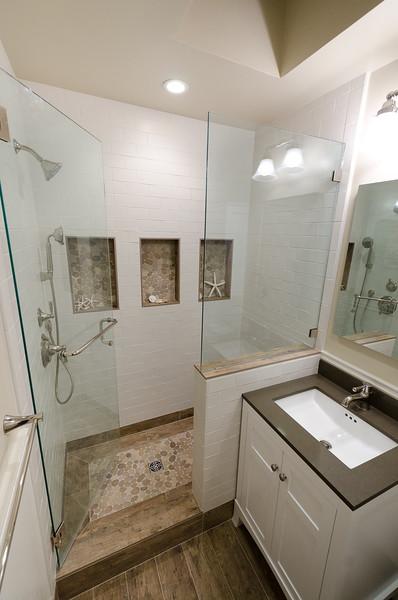 pacifica-bathroom014.jpg