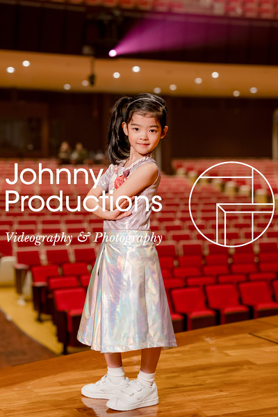 0049_day 1_orange & green shield portraits_red show 2019_johnnyproductions.jpg