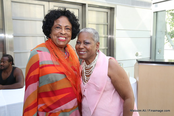 Meet & Greet at the at the Skirball . Special Guest Vanessa DeLuca Essence Editor-in-Chief and the Hon. Paulette Zonicle, Consul General to the Bahamas