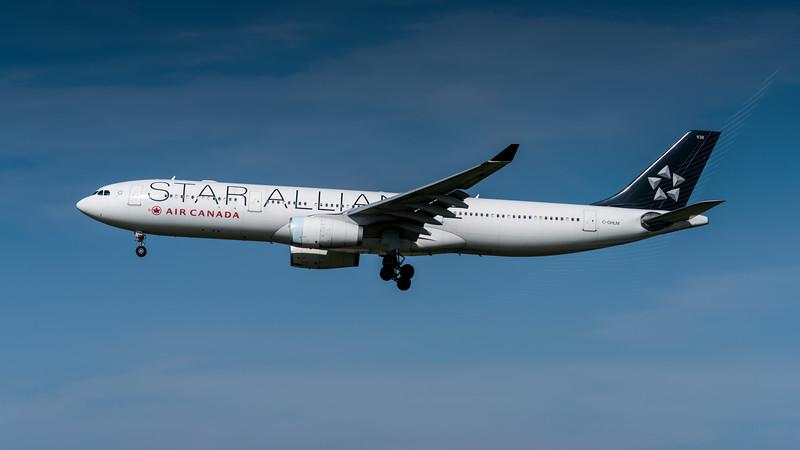 AIR CANADA_A330-343X_C-GHLM_MLU_110517_(3)