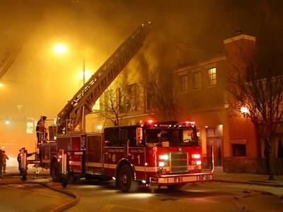 1-31-10  4-11 Alarm Greektown 340 S Halsted