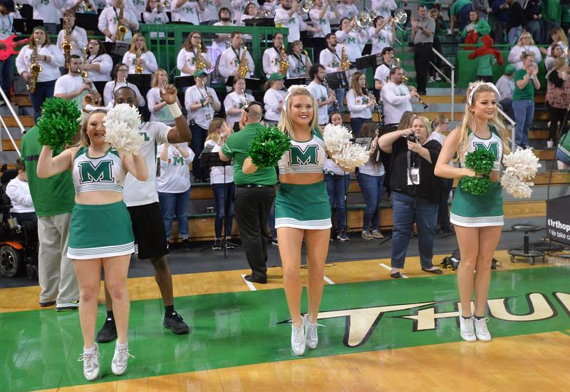 cheerleaders2654.jpg