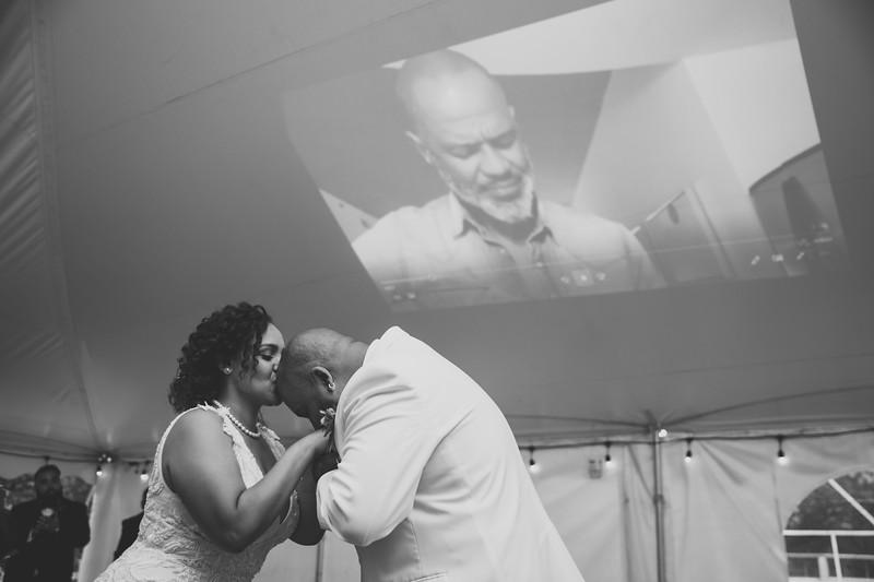 Rob & Gladys Wedding (1300)-2.jpg