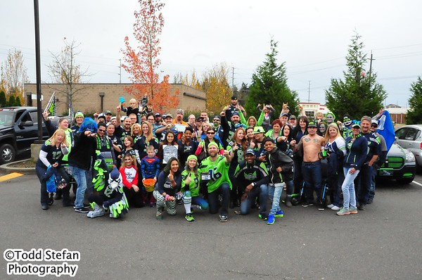 10-30-2016 Away Game Bash - Seahawks vs Saint