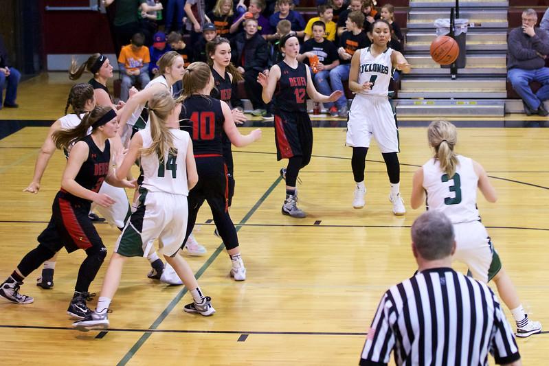 '17 Cyclones Girls Basketball 302.jpg