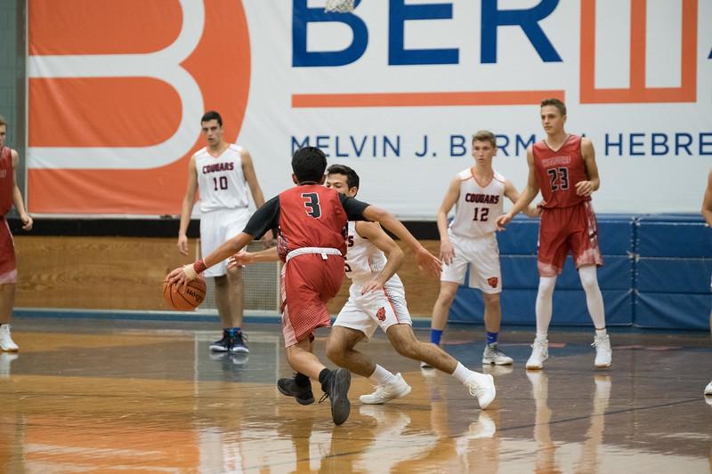 kwhipple_wws_basketball_vs_hebrew_20171114_027.jpg