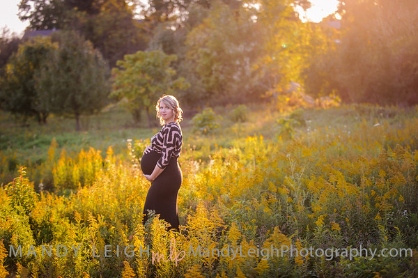 Maternity Session with Kennedy