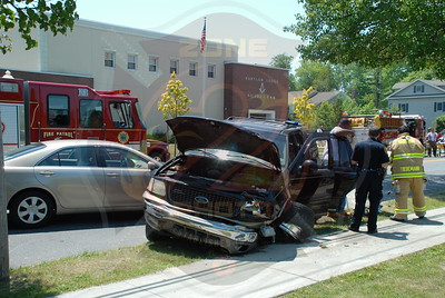 Babylon F.D. Four Car MVA Main St. and Belton Rd. 6/18/10