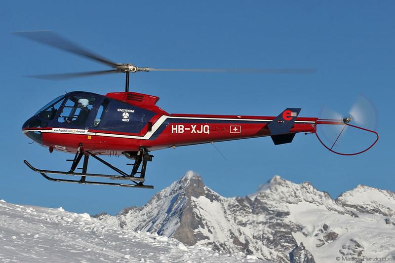 HB-XJQ Enstrom 480 Flugschule Eichenberger @ Lauberhorn Switzerland 14Jan06