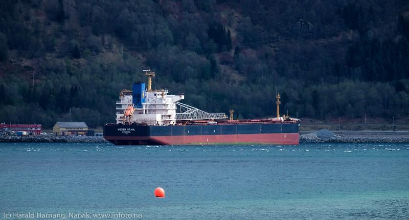 Weser Stahl, dwt 47257 t, 192.2 m × 32.2 m, byggeår: 1999. Narvik havn 13. mai 2016.