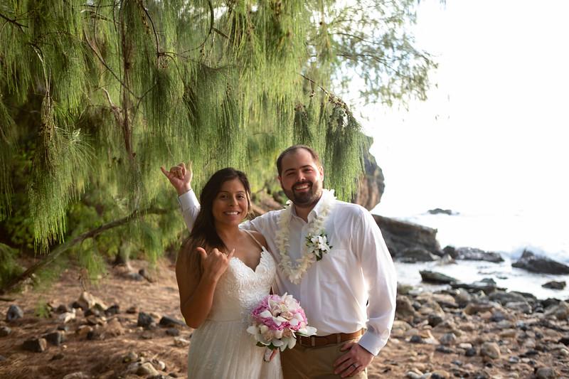 kauai wedding on shipwrecks-85.jpg