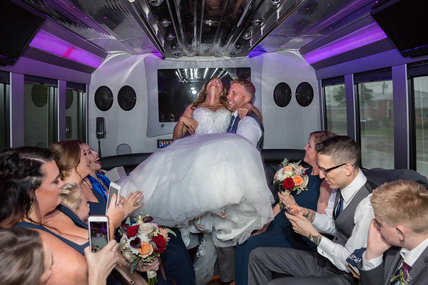 06MDC Bridal Party Bus