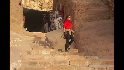 Petra hike to the Monastery (Digest)