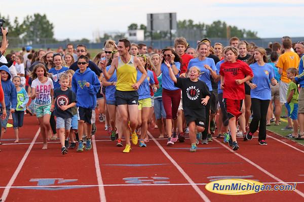 Elite Runner Photos - ROAD, TR, XC