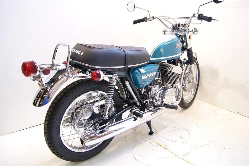 1971T500 10-10 030.JPG
