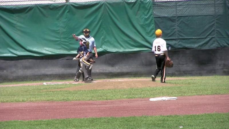 Wear that pitch.m4v
