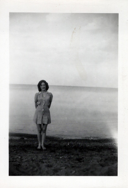 1942 viv konyha.jpeg