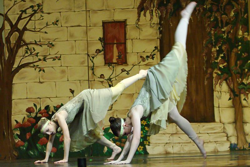 dance_050209_360.jpg