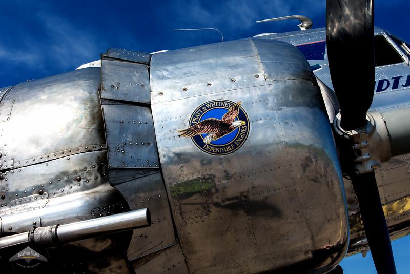 """Flygande Veteraner's Douglas DC-3 """"Daisy"""" SE-CFP"""