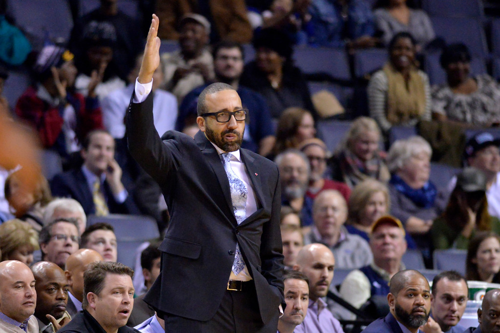 . Memphis Grizzlies head coach David Fizdale gestures from the sideline in the second half of an NBA basketball game against the Cleveland Cavaliers Wednesday, Dec. 14, 2016, in Memphis, Tenn. (AP Photo/Brandon Dill)