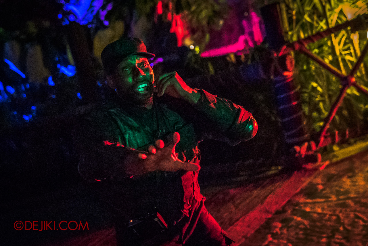 USS Halloween Horror Nights 8 Zombie Laser Tag - The Last Soldier