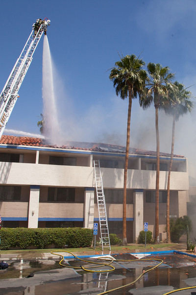 04-28-2014 - Palm Springs Marriott Fire